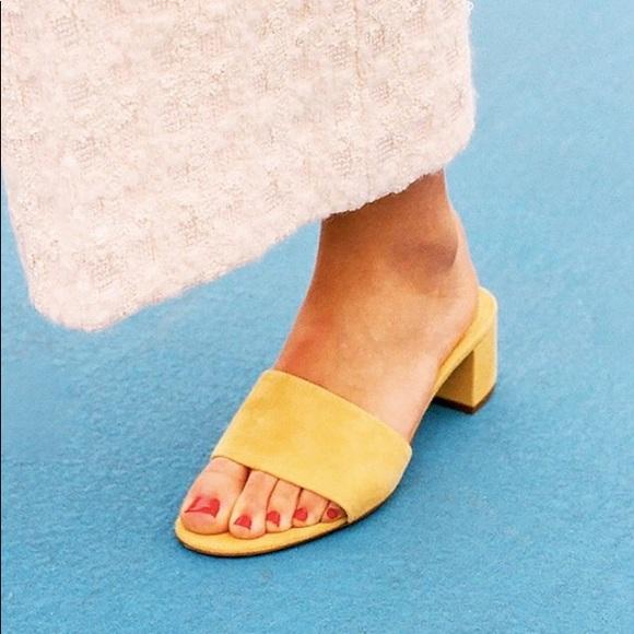 06bfb0850087 Mansur Gavriel sandals. M 5accd47c45b30ccc6888ded4